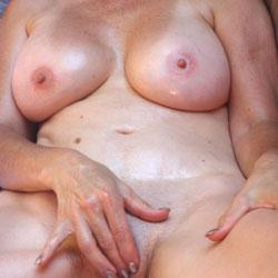 Manicure - Nude Amateurs, Big Tits, Shaved