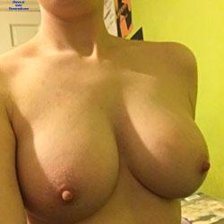 My Boobs - Topless Girls, Big Tits, Amateur