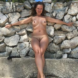 Summer Time - Nude Girlfriends, Beach, Big Tits, Outdoors, Amateur