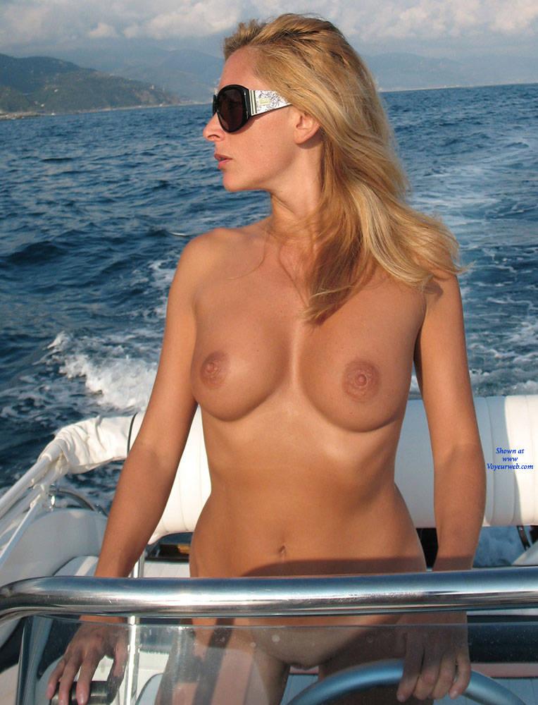 Boat tits