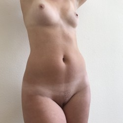 Medium tits of my girlfriend - Sonny