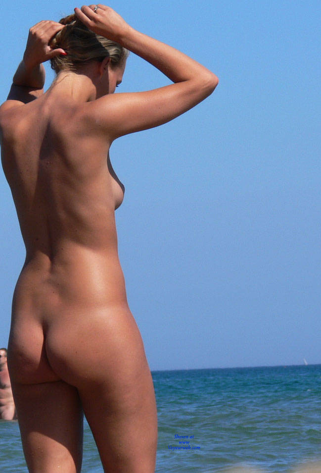 Pic #3 Summer Time! - Nude Girls, Outdoors, Shaved, Beach Voyeur