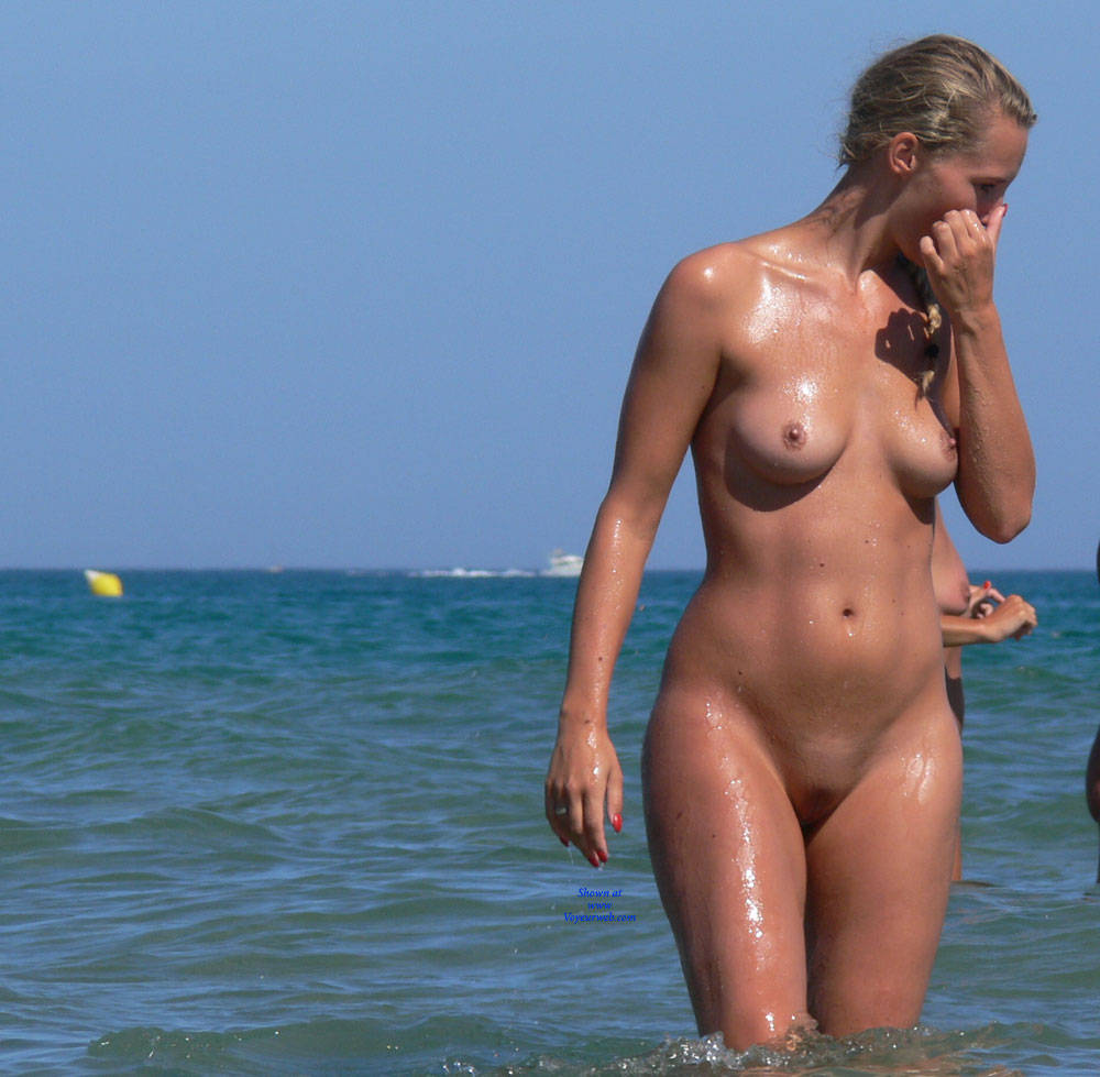 Pic #7 Summer Time! - Nude Girls, Outdoors, Shaved, Beach Voyeur