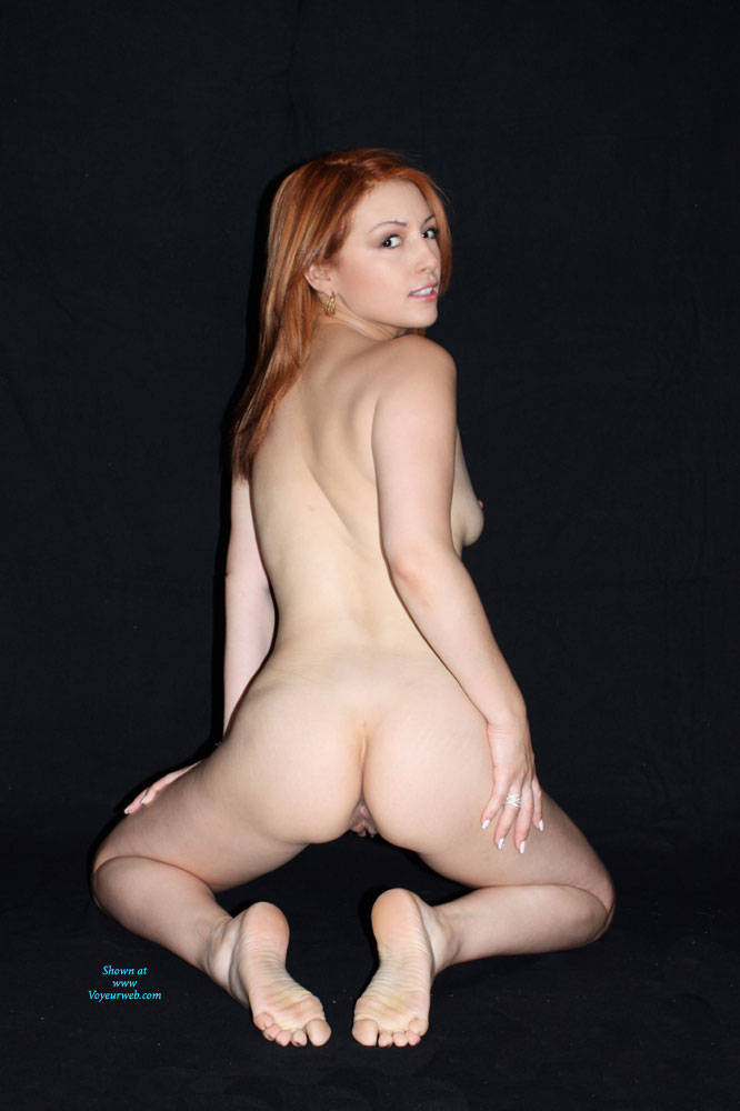 Pic #6 Just Divorced - Nude Girls, Redhead, Shaved, Firm Ass