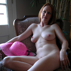 Pink Hat - Nude Girls, Big Tits, Bush Or Hairy