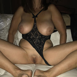 Back After 8 Years - Big Tits, Shaved, Amateur