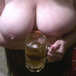 Tits And Beer - Big Tits, Amateur