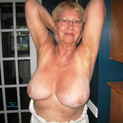 Bella - Nude Amateurs, Big Tits, Mature, Bush Or Hairy