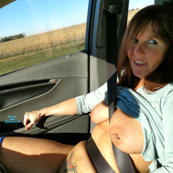 Lisa Riding 2 - Big Tits, Brunette, Body Piercings, Tattoos