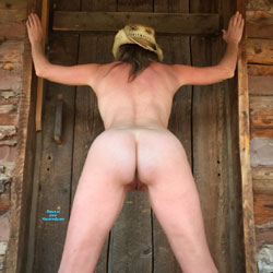 Nirvana Ranch - Nude Wives, Outdoors, Small Tits, Shaved, Amateur