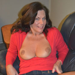 Saying Hello To Redclouds - Big Tits, Brunette, Bush Or Hairy, Amateur, Wife/Wives