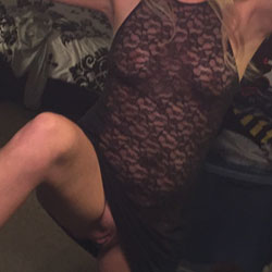 First Contribution - Nude Amateurs, Big Tits, Shaved