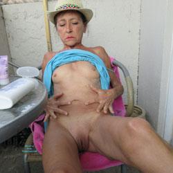 Petit Chapeau - Mature, Outdoors, Small Tits, Shaved, Amateur