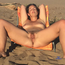 On The Beach! - Nude Girls, Beach, Brunette, Outdoors, Bush Or Hairy, Amateur