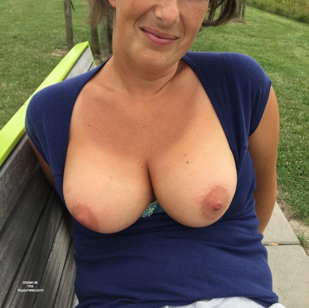 Pic #1 Medium tits of my wife - Caro x