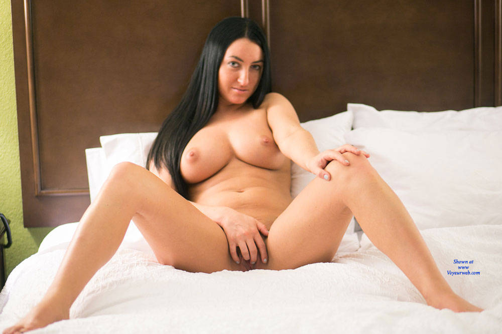 Pic #6 Sleeping Naked - Nude Girls, Big Tits, Brunette, Shaved,