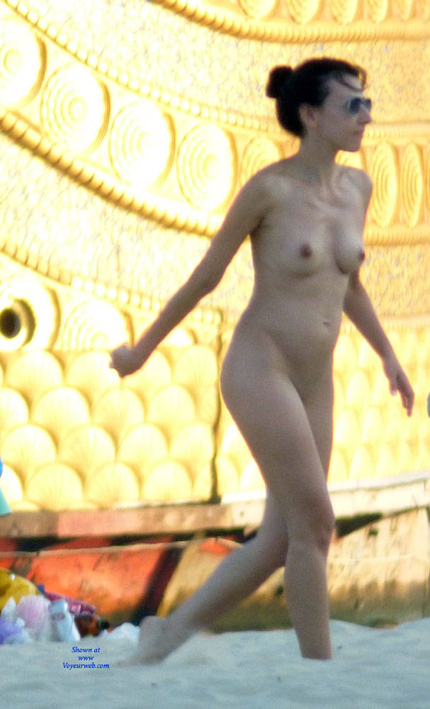 one of my favourites on the nudist beach - november, 2017 - voyeur web