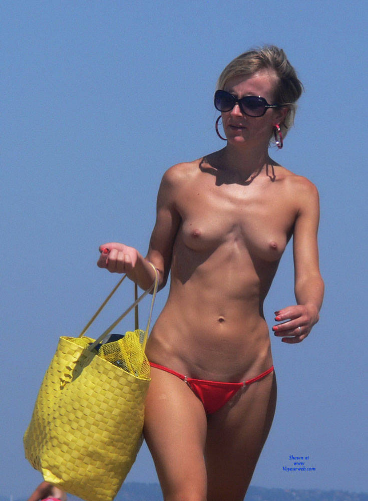 beach picture nude