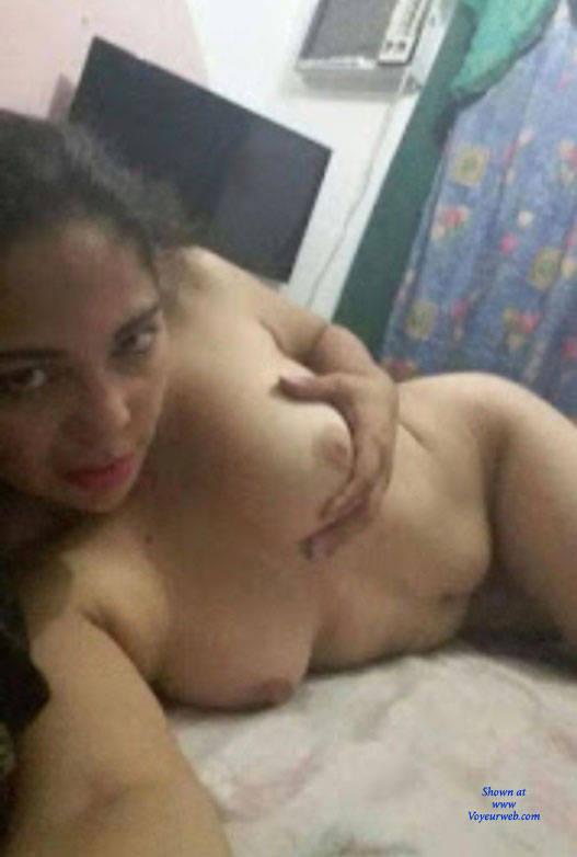 Pic #2 Un Tiemo De Relax - Nude Amateurs, Brunette