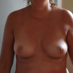 Small tits of my wife - luzluca