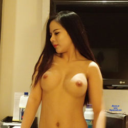 Sue From Vietnam - Topless Girls, Big Tits, Brunette, Amateur