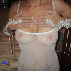 Wifey - Wives In Lingerie, Amateur