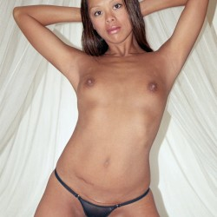 My small tits - Hawaiian2323