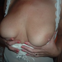 Large tits of my wife - Izzy