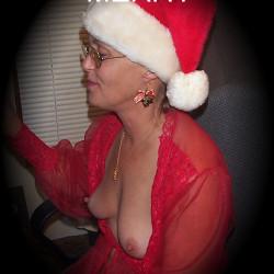 My medium tits - maknparr