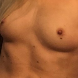 My small tits - Marilyn