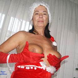 Mama Noel Sexy - Big Tits, Brunette, Amateur