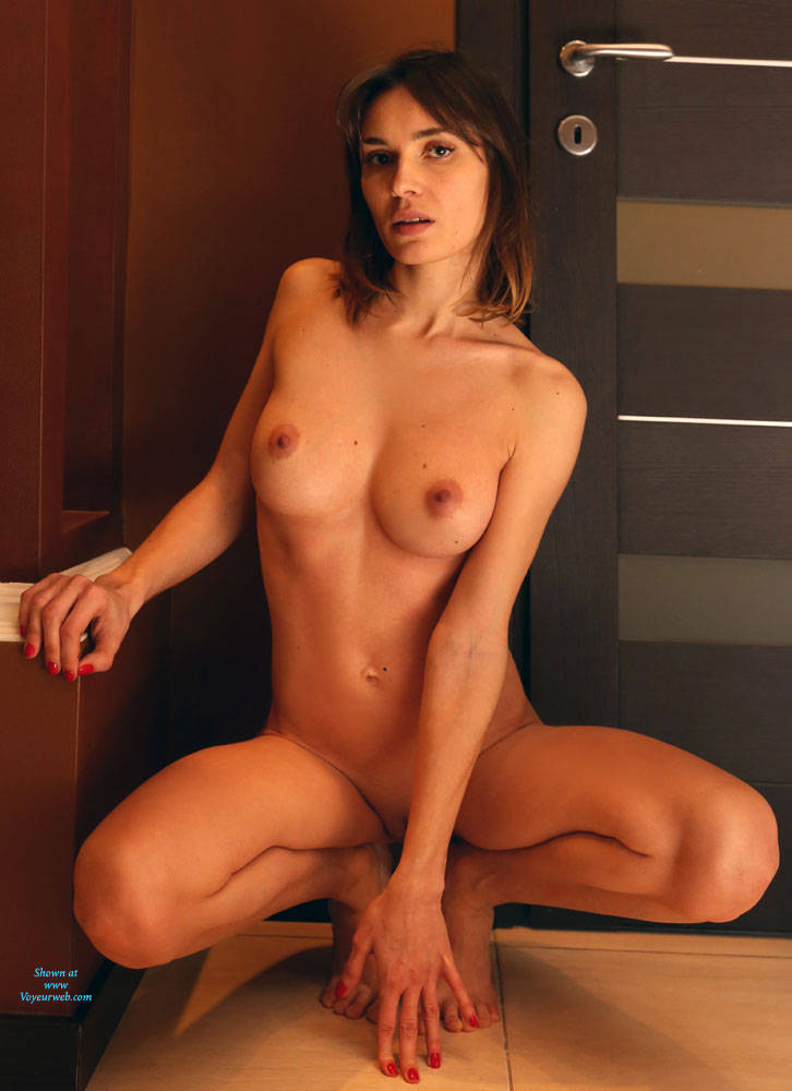Pic #5 Without Makeup - Nude Girls, Big Tits, Shaved, Amateur