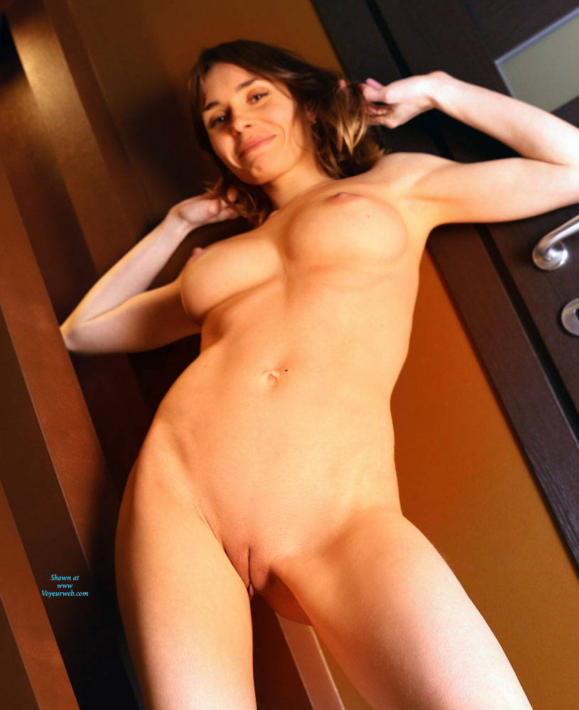 Pic #7 Without Makeup - Nude Girls, Big Tits, Shaved, Amateur
