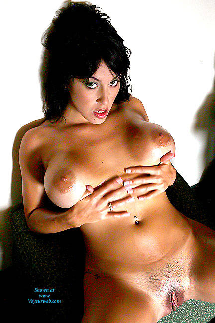 Pic #5 Oily Breasts In Color - Nude Girls, Big Tits, Brunette