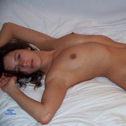 French Girl - Nude Girls, Brunette, European And/or Ethnic, Bush Or Hairy, Amateur