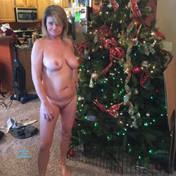 Christmas Once Again - Nude Girls, Big Tits, Amateur