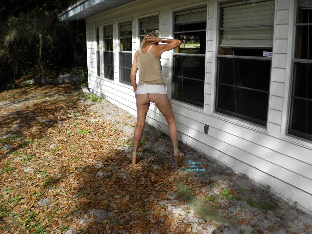 Pic #6 Flashing Anywhere - Pantieless Girls, Public Exhibitionist, Flashing, Outdoors, Public Place, Amateur