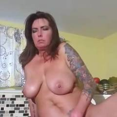 Good Moanin Everybody! - Nude Amateurs, Big Tits, Brunette, Masturbation, Toys, Shaved, Tattoos
