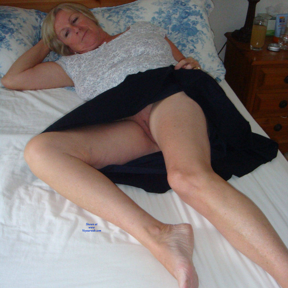 Pic #3 Upskirt Fun - Big Tits, Mature, Shaved, Amateur