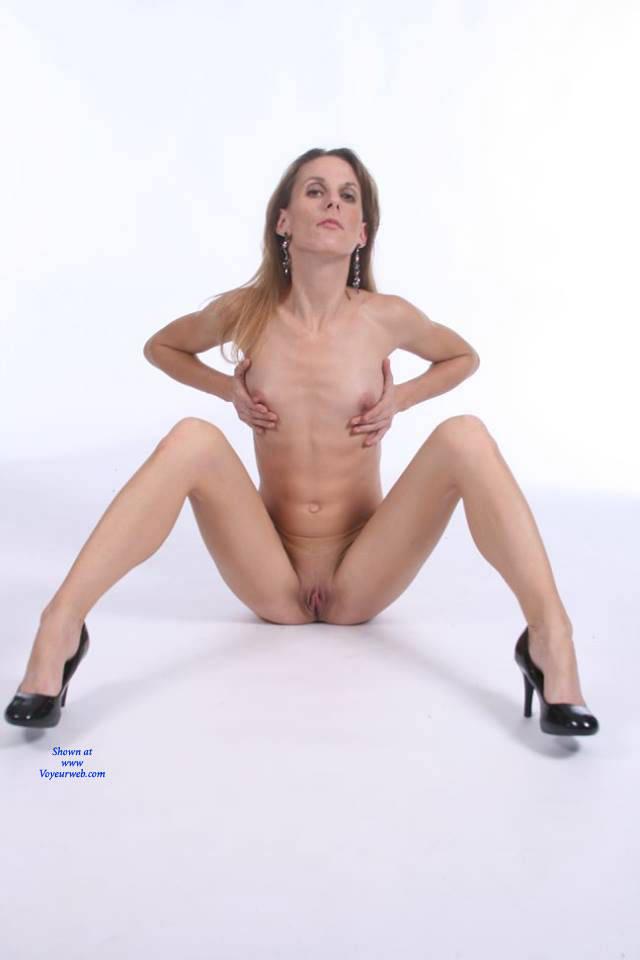 Pic #8 Hot Salsa - Nude Girls, High Heels Amateurs