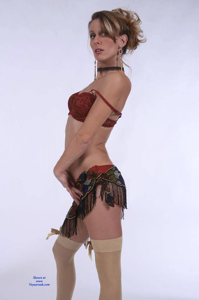 Pic #2 Hot Salsa - Nude Girls, High Heels Amateurs
