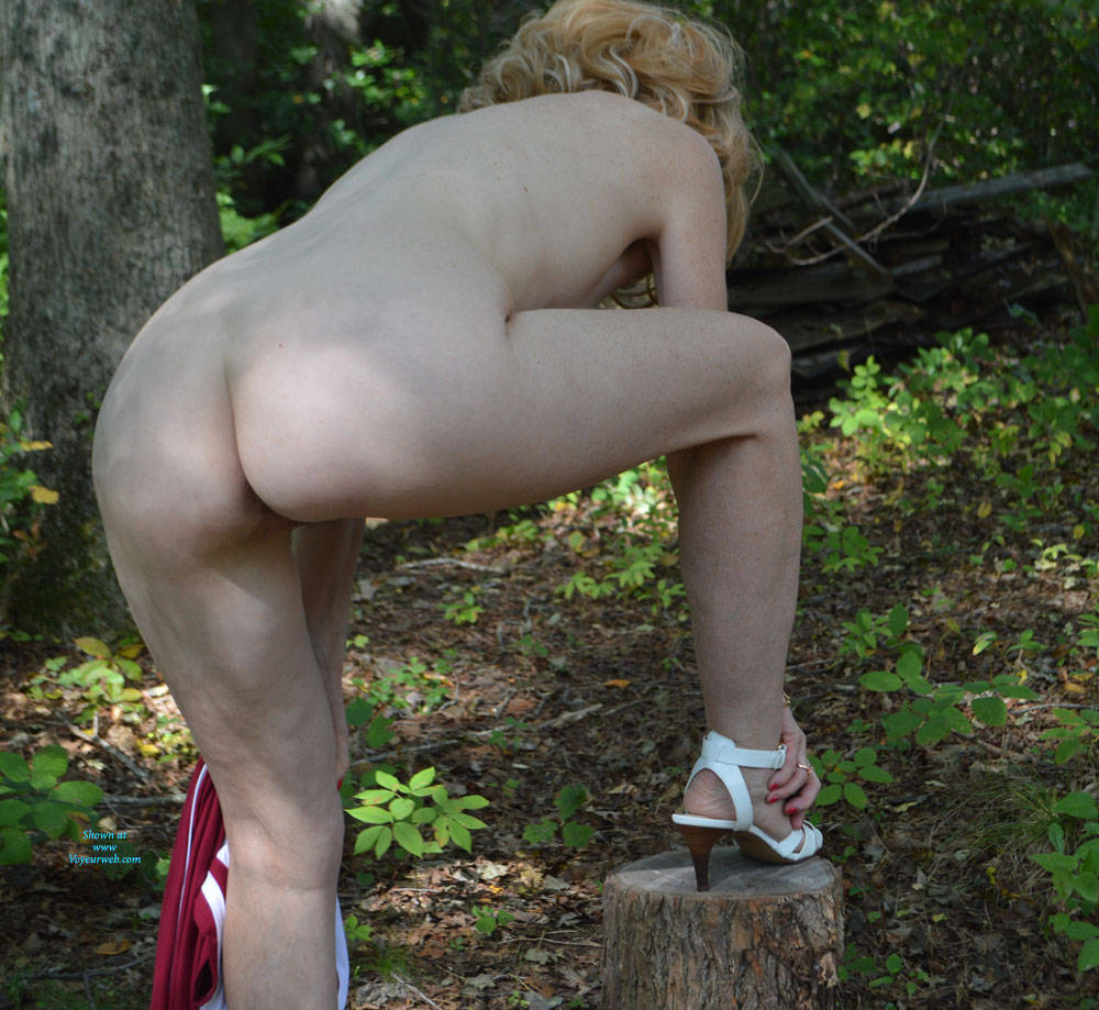 Pic #8 Zeena In The Forest - Big Tits, Outdoors, Nature, Amateur