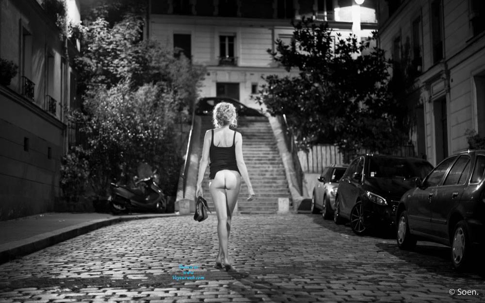 Pic #3 Paris - Pantieless Girls, Public Exhibitionist, Flashing, Outdoors, Public Place, Long Legs