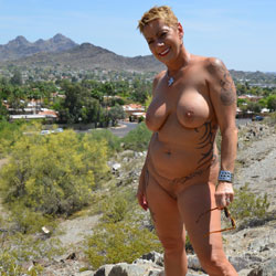 Naked In North Phoenix - Nude Girls, Big Tits, Outdoors, Amateur, Tattoos