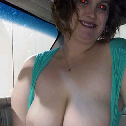 Blow In The Car - Big Tits, Wife/Wives, Amateur