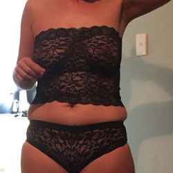 Fun Around The House - Wives In Lingerie, Amateur