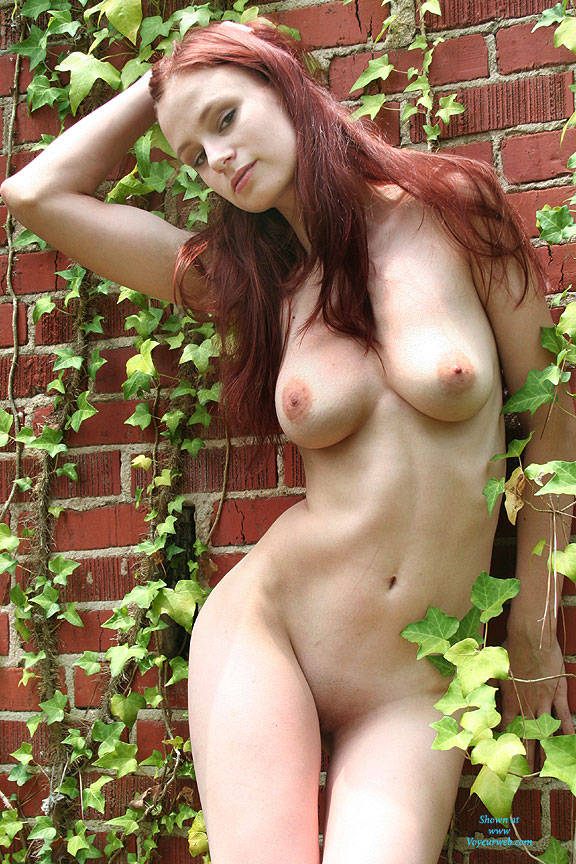 Pic #2 Wall Of Ivy - Nude Girls, Big Tits, Outdoors, Redhead, Shaved