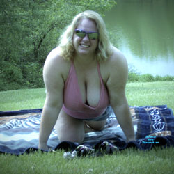 Candy's Hanging Breasts - Big Tits, Outdoors, Amateur