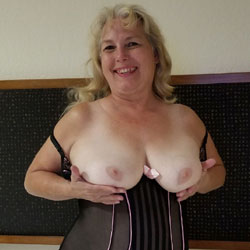 Naughty In New Orleans - Wives In Lingerie, Big Tits, Amateur, Mature