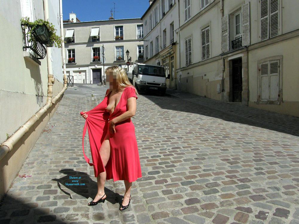 Pic #4 Rue du Chevalier de La Barre - Big Tits, Public Exhibitionist, Flashing, Outdoors, Public Place, Amateur